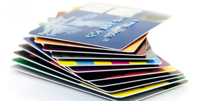 Изготовление пластиковых карт: особенности и преимущества услуги